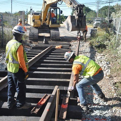 Railroad Builders | Rhinehart Railroad Construction, Inc